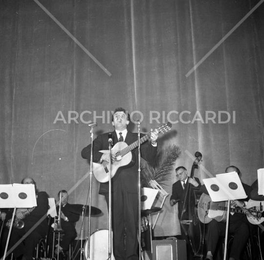 Domenico Modugno - al Brigandoon - Jukebox d Oro - 1961 - 031