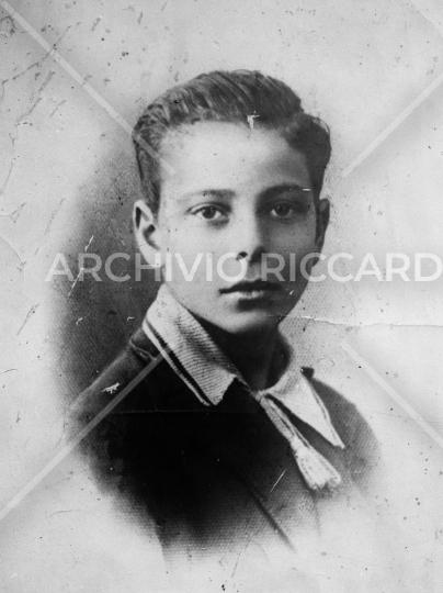 Enrico Berlinguer - Ripr da bambino - 001