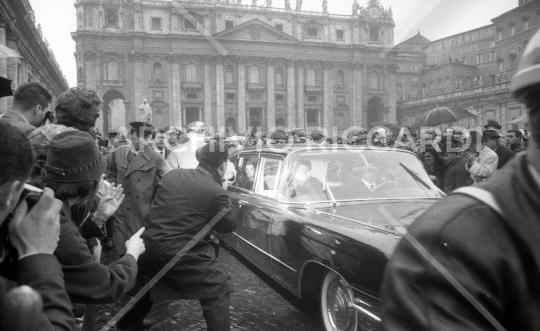 Jacqueline Kennedy - 1962 - dopo udienza con Papa - 15