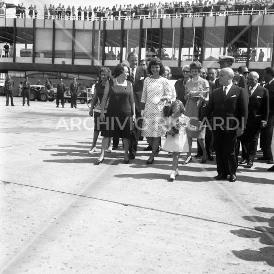 Jacqueline Kennedy - 1962 - riparte da Fiumicino - con Fanfani - 21