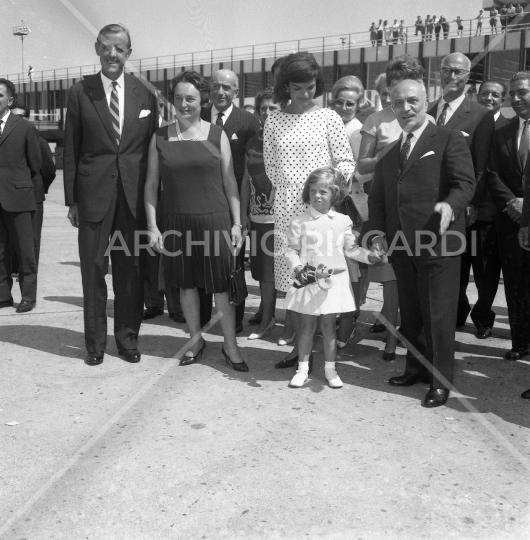Jacqueline Kennedy - 1962 - riparte da Fiumicino - con Fanfani - 22