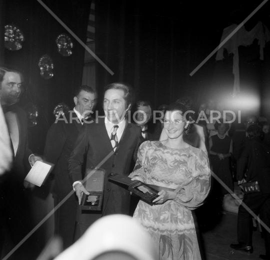 Mike Bongiorno - 1970 - Maschere D Argento - con Giuliana Longari - 01