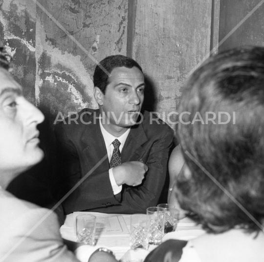 NinoManfredi - 1963 - premio Strega con Erminia Manfredi  - 148